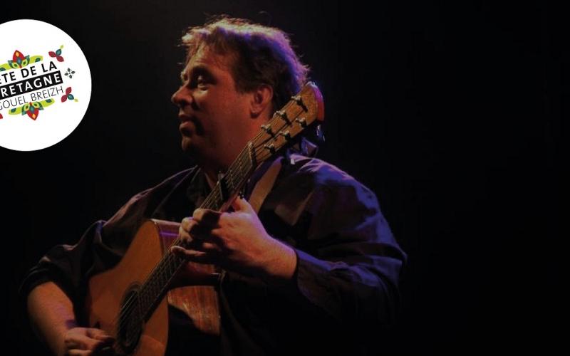 Arnaud Royer et sa guitare