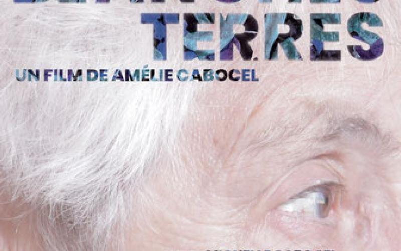 Visage d'une femme âgée, vue de profil